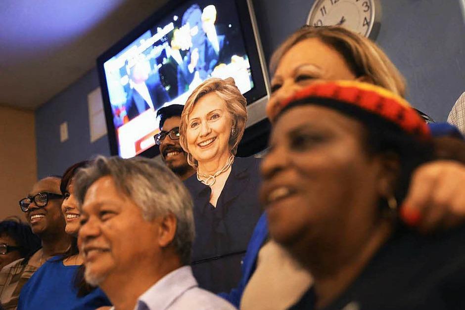 Hillary Clinton und Donald Trump treffen bei ihrem ersten TV-Duell aufeinander. (Foto: AFP)