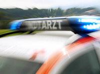 Kleinwagen mit acht Insassen �berschl�gt sich – zwei Tote