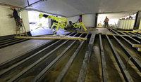 In der Rotteckgarage entsteht eine ausgekl�gelte Stahlkonstruktion, um die neue Einfahrt anzudocken