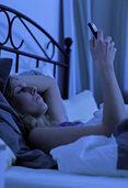 Stört das Smartphone die Nachtruhe?