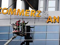 Commerzbank kappt netto 7300 Jobs