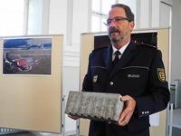 Autobahn-Steinwurf: Polizei fasst Verd�chtigen