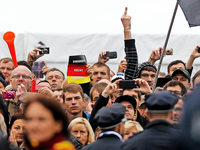 Merkel ruft zu mehr Respekt auf