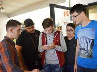 Jugendliche können App nutzen, um Bus zu rufen