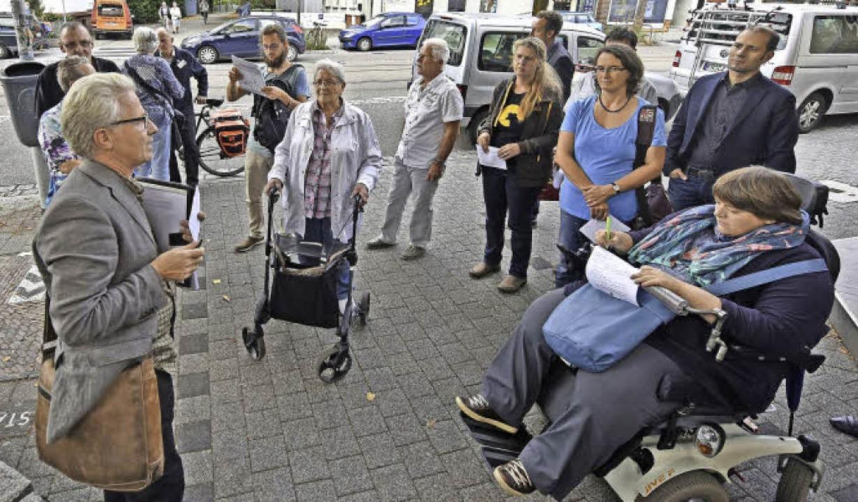 Beim Rundgang dabei waren unter andere...ftragte für Menschen mit Behinderung.   | Foto: Michael Bamberger