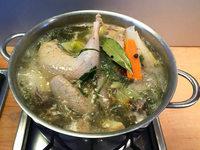 Hühnersuppe ist Medizin aus dem Kochtopf