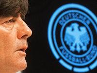 WM-Qualifikation: L�w h�lt den Druck hoch