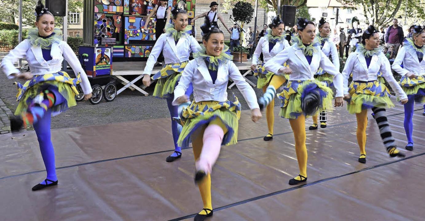 Die Damen des Ballettstudios Ute Anna tanzten zur Orgelmusik.  | Foto: Sylvia Sredniawa