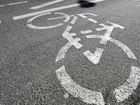 Zwei Radfahrer in L�rrach sind zusammengesto�en und haben sich schwer verletzt
