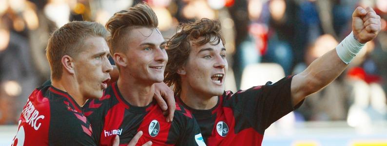 Hartes St�ck Arbeit: SC Freiburg erk�mpft Heimsieg gegen Augsburg und gewinnt mit 2:1