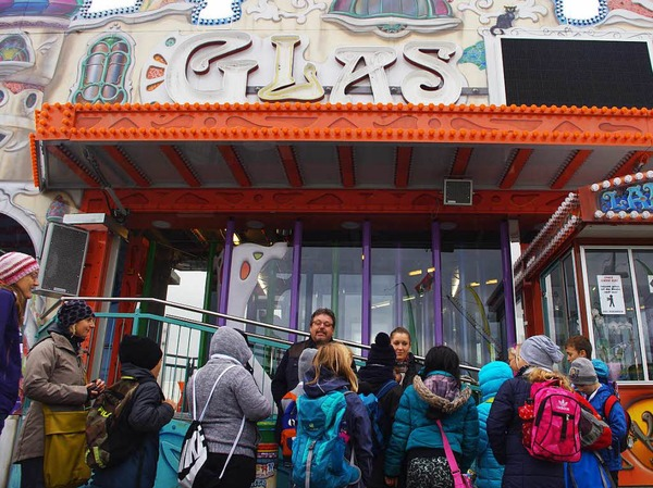 Erste Station war das Glaslabyrinth Glaswerk.