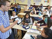 Smartphone geh�rt an Freiburger Schule zum Unterricht