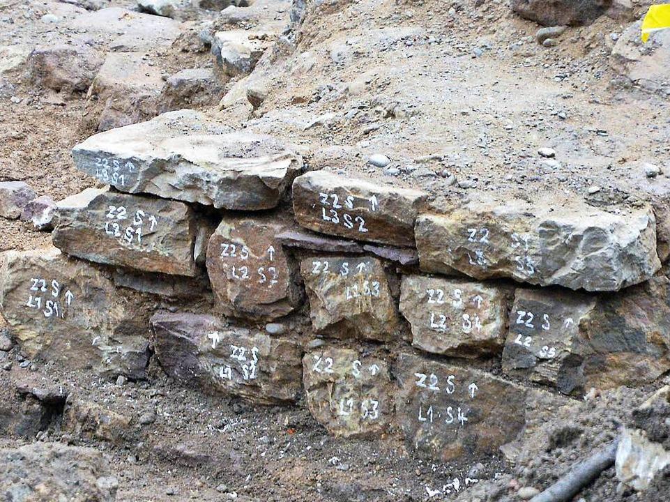 Nummerierte Steine für die Konservierung    Foto: Michael Bamberger