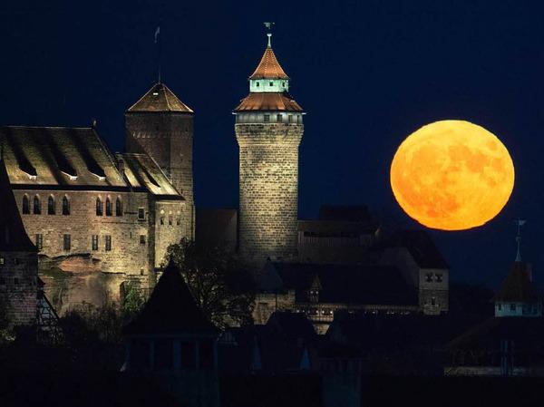 So hat Nürnberg den Supervollmond gesehen.