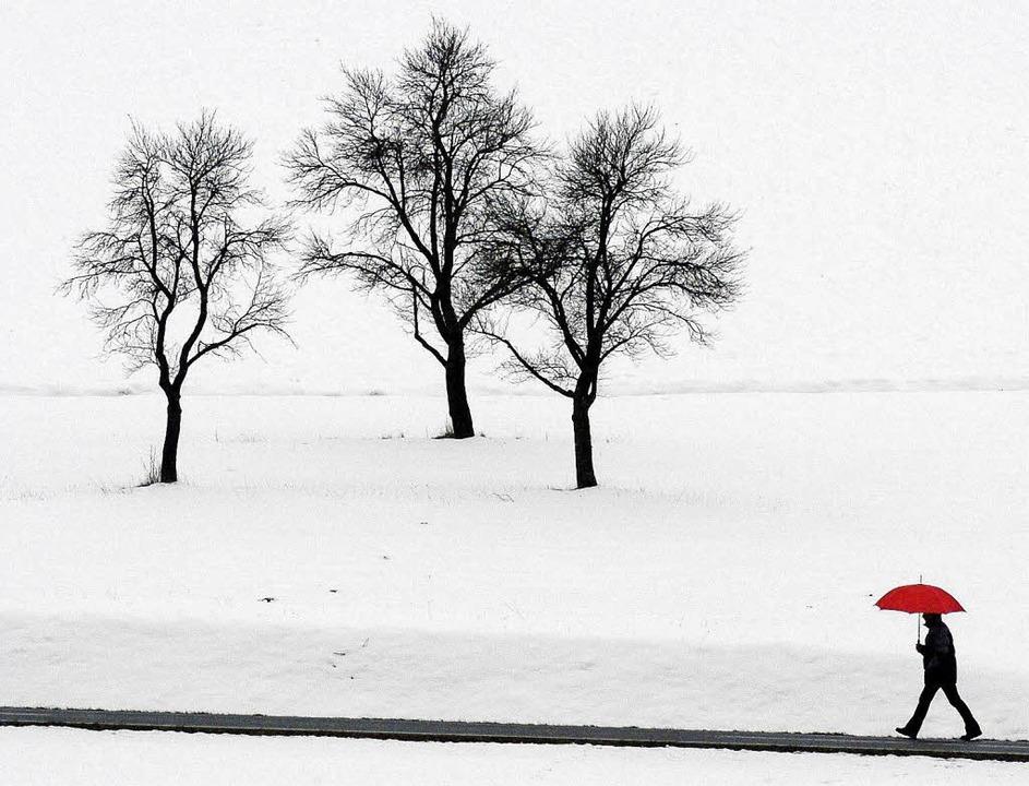 Es kann ein weiter Weg sein, seiner Einsamkeit zu entfliehen.   | Foto: Armin Weiger (dpa)
