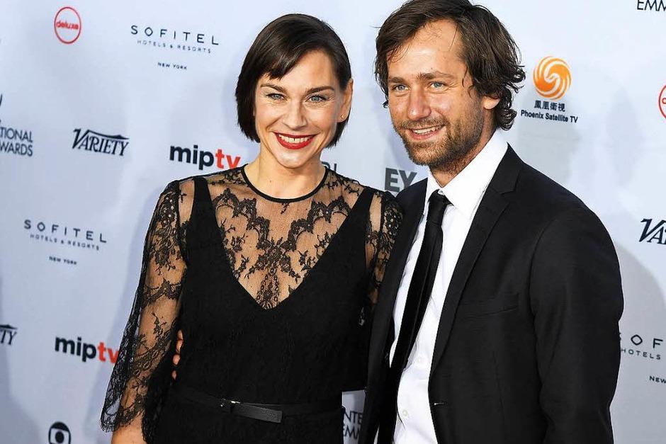 Christiane Paul und Florian Stetter bei den Emmy Awards. (Foto: AFP)
