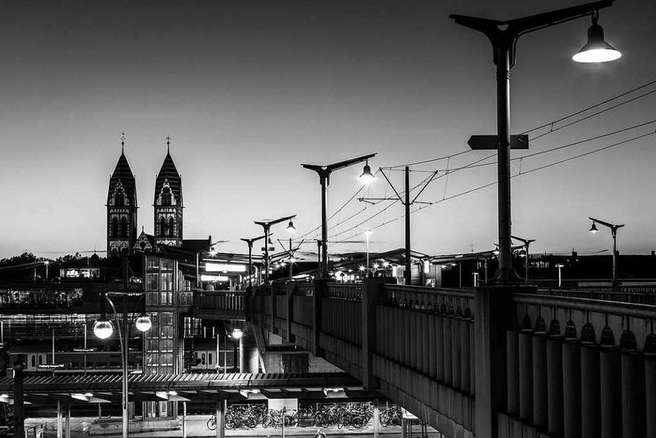 Dunkelheit in Freiburg. (Foto: Carlotta Huber)
