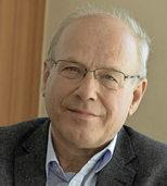 Kollegsdirektor P. Klaus Mertes liest aus seinem Briefwechsel mit Theologin Antje Vollmer