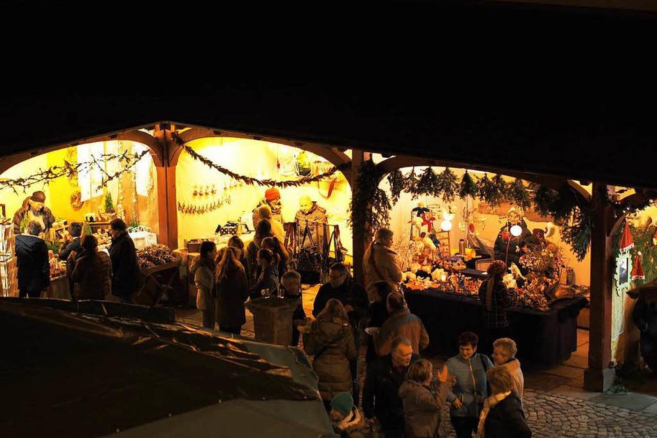 """Nicht nur das Ambiente in und um die Talvogtei ist einzigartig, auch sonst bietet das """"Weihnachtserlebnis"""" in Kirchzarten den Besuchern eine gute Einstimmung in die Adventszeit. (Foto: x)"""