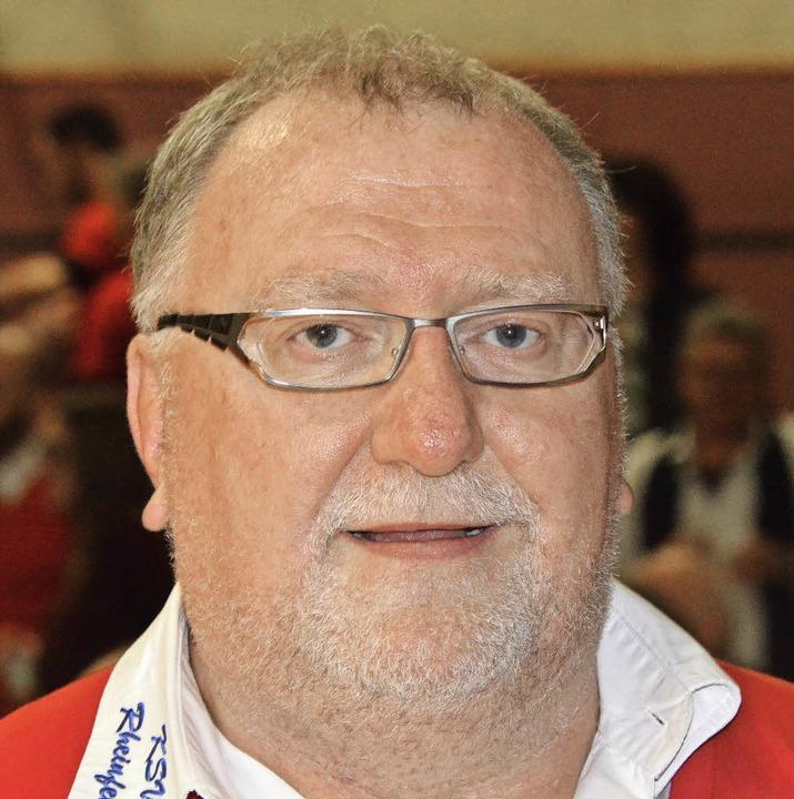 Vorsitzender Uwe Lippert freut sich üb...heinfelden in die Ringer-Regionalliga.  | Foto: Uwe Rogowski
