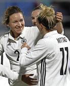 Deutsche Fußballerinnen spielen gegen Norwegen 1:1