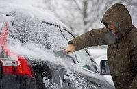 Helfer bei Eis, Kälte und Schnee