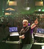 DJ Eric Boy und die beiden Musiker Tom & Andy sorgen für tanzbare Musik