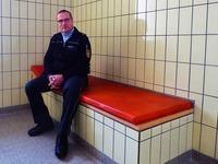 Zu Besuch in der Gewahrsamszelle der Polizei