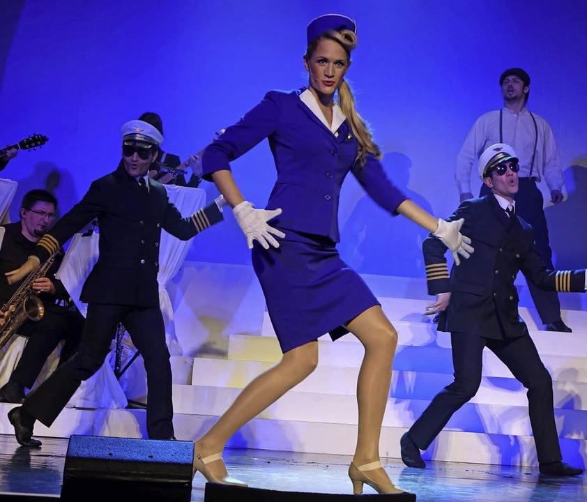 Mit tollem Revue-Flair begeisterte das...20; sorgte Katharina Merk für Furore.     Foto: Frey