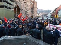 300 Menschen demonstrieren gegen AfD-Kundgebung