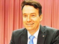 Andreas Hall bleibt Bürgermeister in Kirchzarten