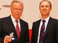 Bad Säckingen: Ex-Chefarzt gibt Verdienstmedaille zurück