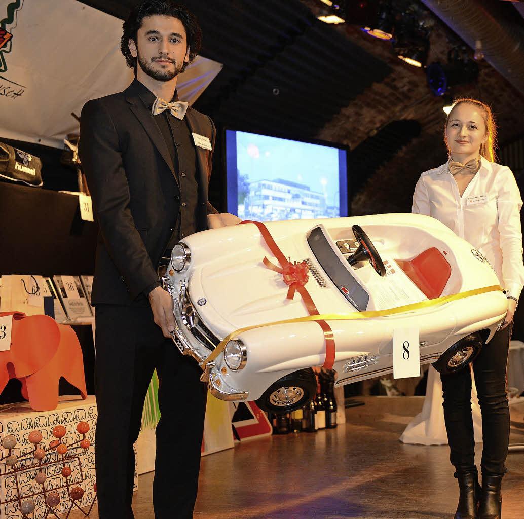 Kuriose Angebote Bringen Fast 53000 Euro Fr Die Aktion