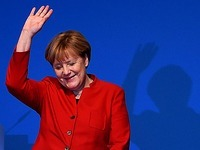 Merkel mit 89,5 % Zustimmung als CDU-Chefin bestätigt