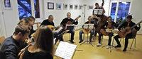 Boccherini und Pachelbel als Spitzen-Zupfmusik
