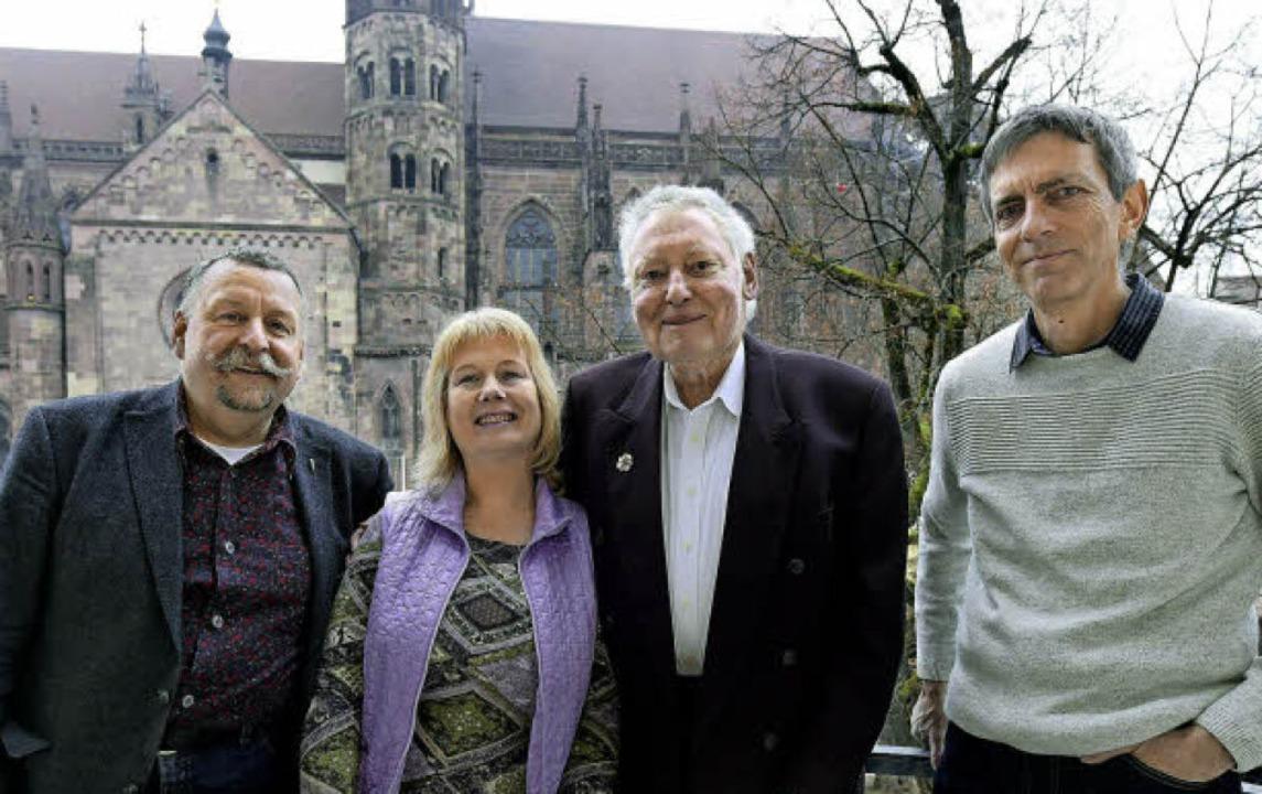 Vier  für Freiburg (von links): Peter ... Schark, Hans Sigmund, Joachim Scheck   | Foto: Thomas Kunz