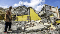 Schweres Erdbeben in Indonesien