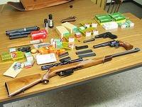 Polizei findet Waffen in Wohnung eines Reichsbürgers