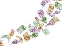 Schüler finden 30.000 Euro, Besitzer dankt mit Süßkram