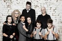 Mit fudders Club der Freunde darfst du hinter die Kulissen der Addams Family blicken