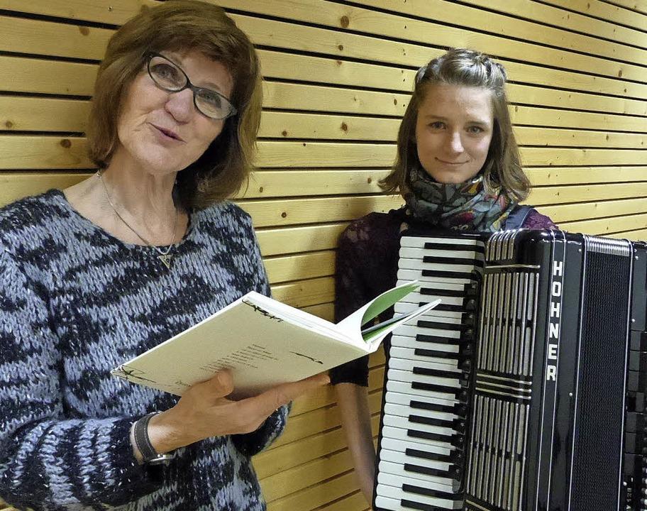 Duo des Abends: Carola Horstmann (links) und Sophia Ruf     Foto: Preuss
