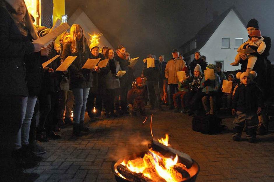 Zweiter offener Adventskalender in Denzlingen (Foto: Markus Zimmermann)