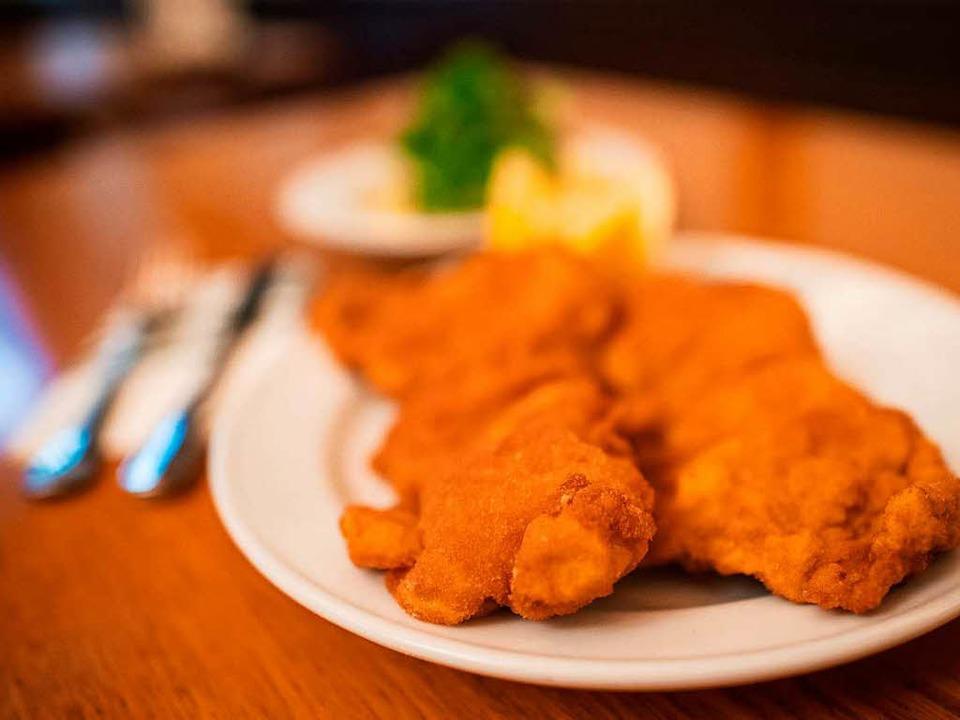 Die Gabeln sind gedeckt, der Tischnach... Bad Bellinger Restaurants teilnehmen.  | Foto: dpa