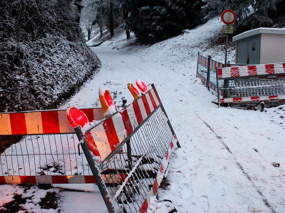 Die Gasse ist derzeit gesperrt.  | Foto: Bastian Bernhardt