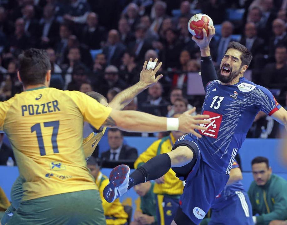 Die Spiele der WM – hier eine Sz...e Vereine übertragen  sie öffentlich.   | Foto:  DPA