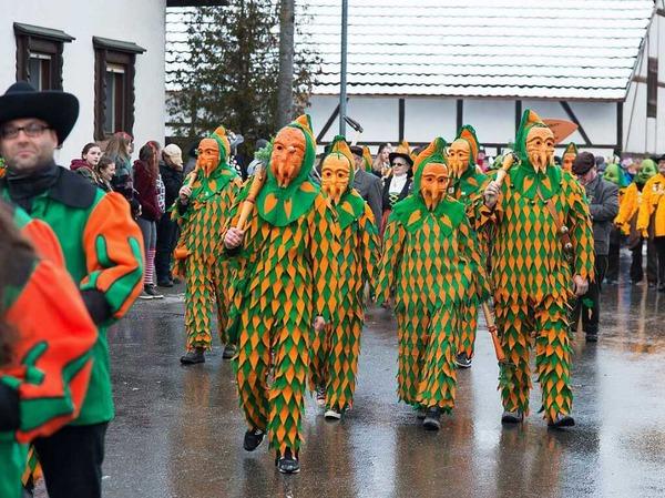 Die Gelruewe-Ritter haben ihren 50. Geburtstag drei Tage lang gefeiert. Zu Gast waren auch viele Zünfte, die, wie die Gelruewe, Obst oder Gemüse zur Schau tragen.