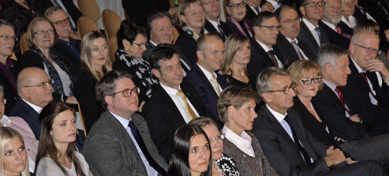 Gut 500 Gäste nahmen am gemeinsamen Ne... Vertreter aus Politik und Wirtschaft.  | Foto: Ingrid Böhm-Jacob