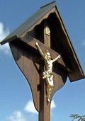 Holzkreuz erinnert an gefallenen Sohn