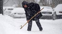 Winterdienst bei Eis und Schnee