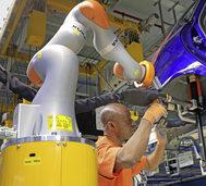 Mensch oder Roboter: Arbeitswelt der Zukunft